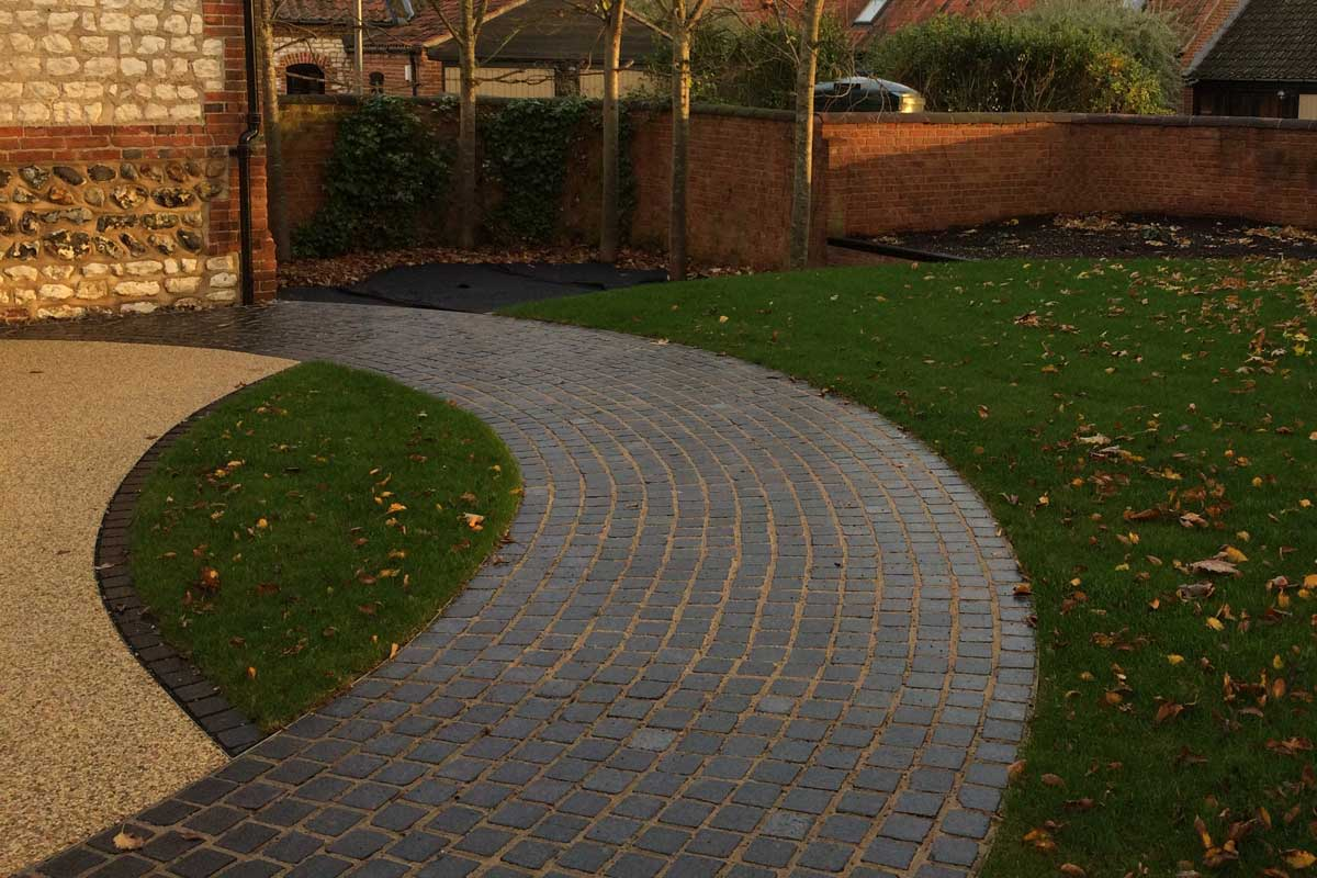front-garden-design-new-block-paving
