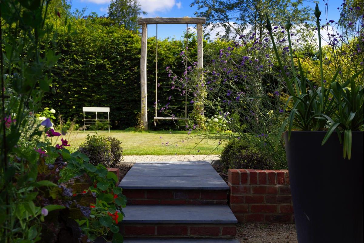 garden design swing
