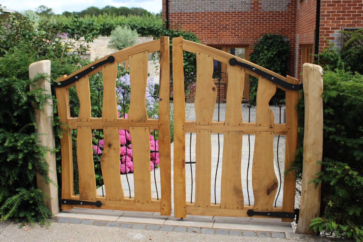 garden-review-handmade-gates