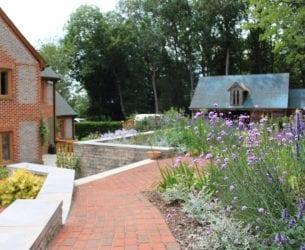 garden-review-pathway
