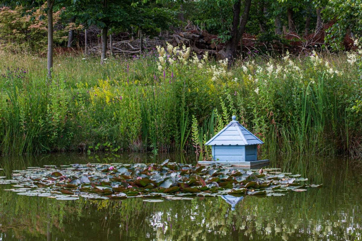 a legitimate duck house
